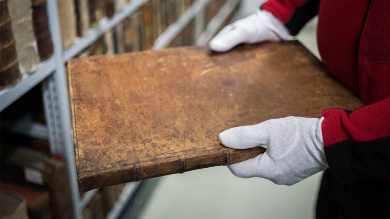 HrubyMOVING - Stěhování knižních archivů